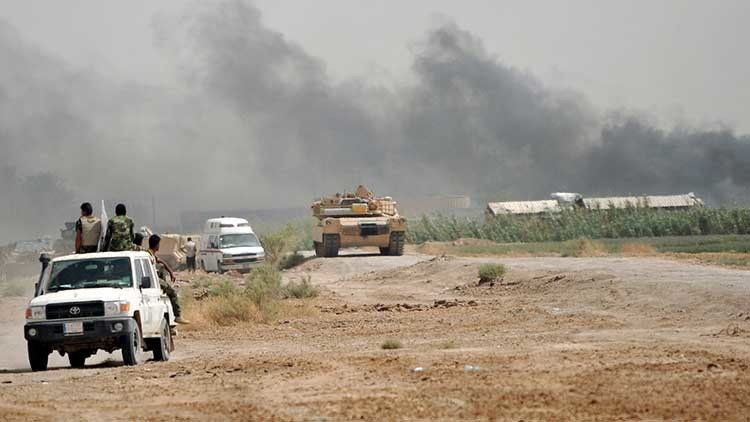 Más de 70 civiles muertos y 100 heridos tras un bombardeo aéreo en Irak