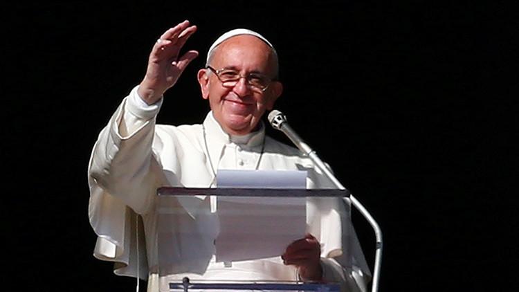 """Papa Francisco sobre los medios: """"No hay que caer en la enfermedad de la coprofilia"""""""