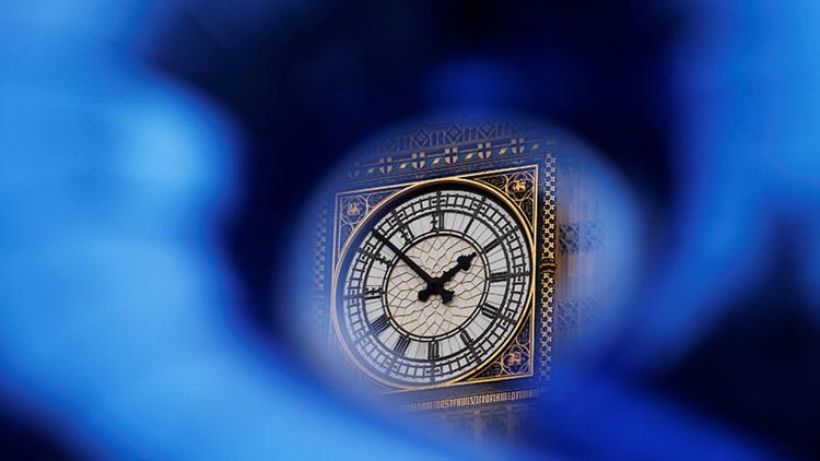 El Parlamento británico vota a favor del cronograma del 'Brexit'