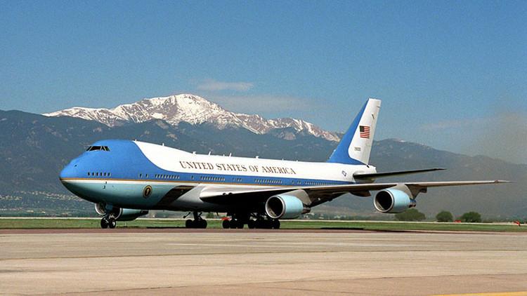 ¿Cómo es el avión presidencial que rechaza Trump?