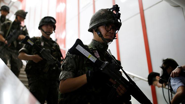Corea del Sur aumenta su nivel de alerta militar tras la aprobación del 'impeachment' contra Park
