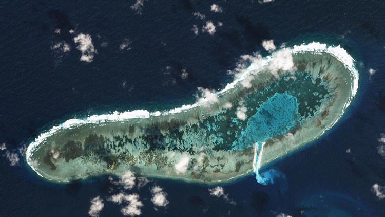 Vietnam emprende un avance en las disputadas islas Spratly