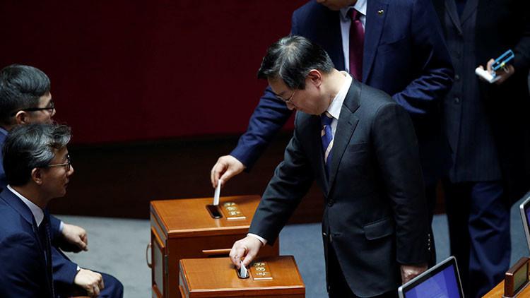 ¿'Derrocó' un cachorro a la presidenta de Corea del Sur?