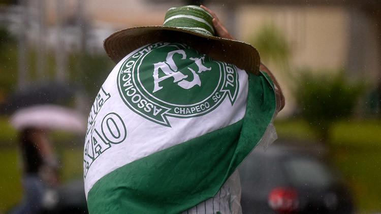 El Chapecoense comienza su reconstrucción y presenta un nuevo escudo (FOTO)