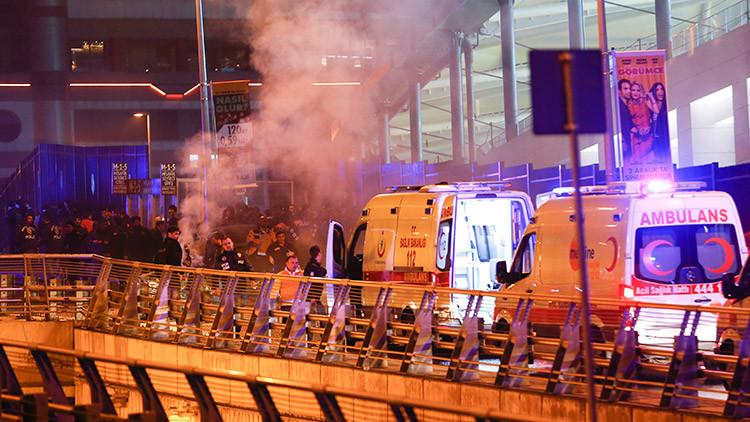Publican primeros videos desde el lugar de la explosión cerca de un estadio en Estambul
