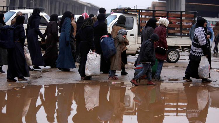 Evacúan a casi 80.000 de civiles desde el inicio de la operación para liberar Alepo