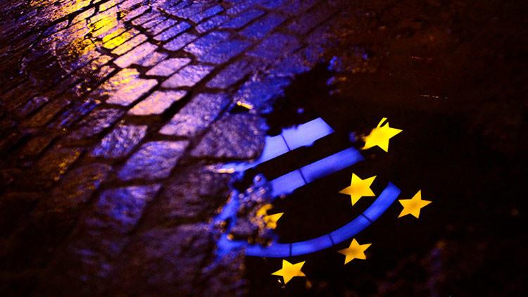 """Un politólogo pide apostar por el iceberg """"si la Unión Europea es el Titanic"""""""