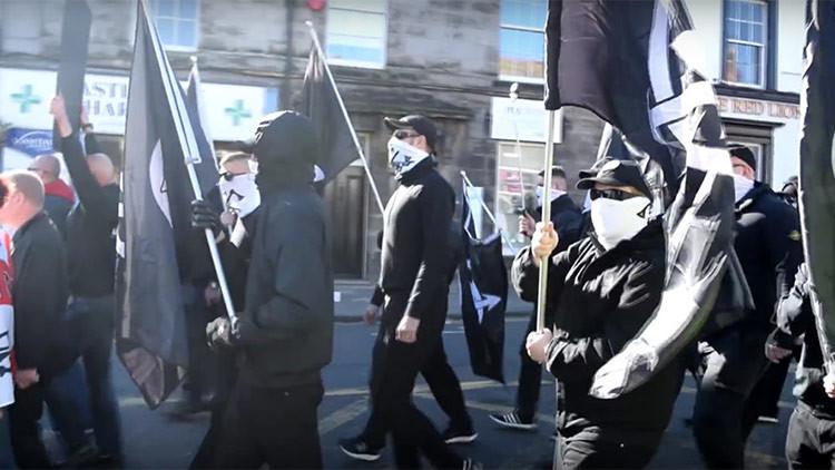 Reino Unido estudia prohibir a un grupo neonazi como organización terrorista