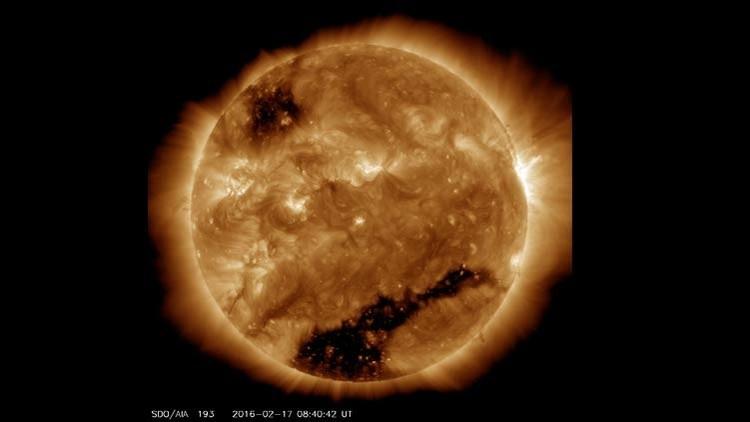 ¿Cómo afecta a la Tierra el inmenso 'agujero negro' descubierto en el Sol por la NASA?