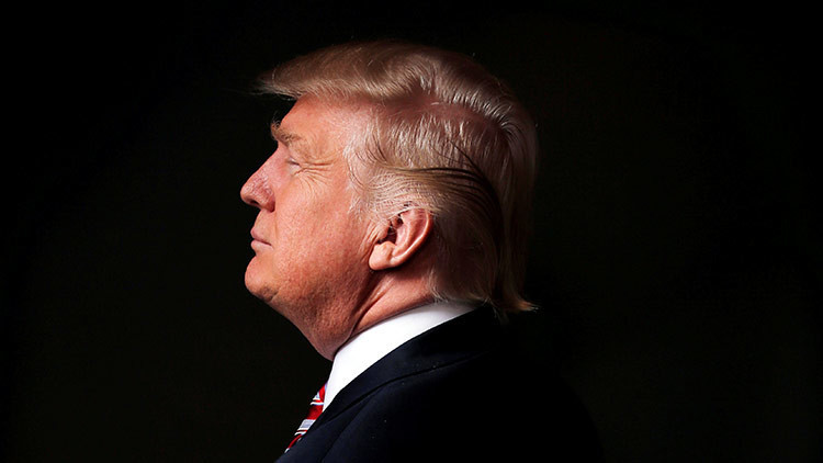 Cuernos diabólicos y otros misteriosos detalles de la portada de Trump en la revista 'Time' (FOTOS)