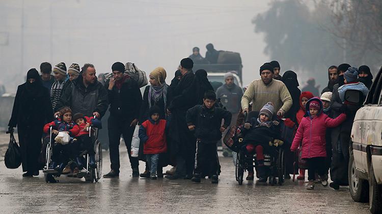 Casi 6.000 civiles abandonan Alepo en las últimas 24 horas