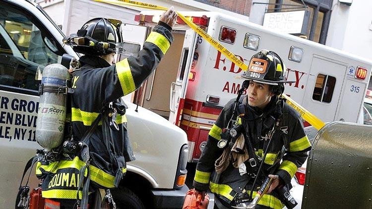 EE.UU.: Un fuerte incendio azota el centro de Manhattan (FOTOS, VIDEO)