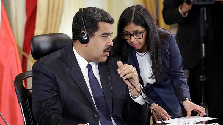 Maduro denuncia una agresión con posible fractura ósea a la canciller venezolana en Argentina
