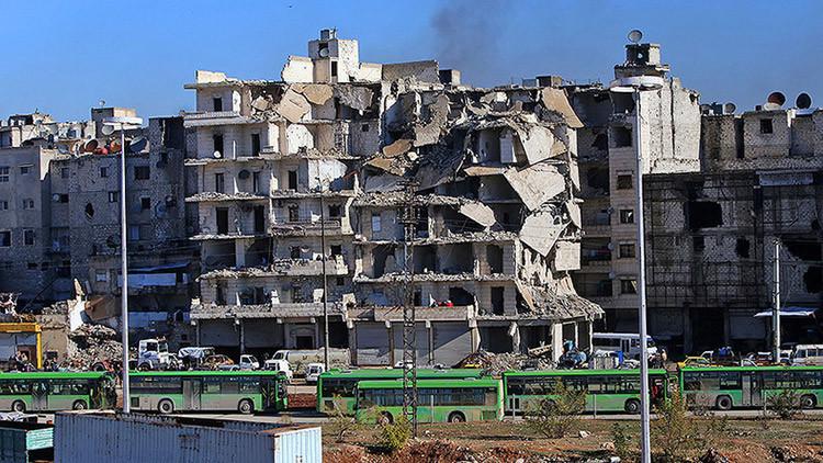 Residentes locales niegan que los autobuses con rebeldes estén siendo atacados por fuerzas sirias