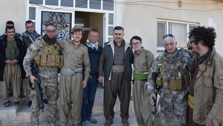 El increíble viaje de dos irlandeses borrachos hasta el frente de combate iraquí