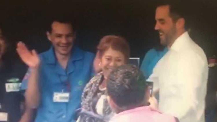 VIDEO: Senadores mexicanos bailan un sensual reguetón con las empleadas de la limpieza