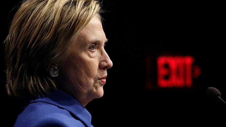 Lo hicieron los rusos (otra vez): Clinton culpa a Putin personalmente del presunto 'hackeo'