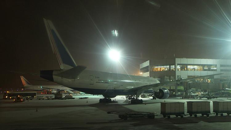 Un piloto sufre un desmayo mortal cuando despegaba de Moscú