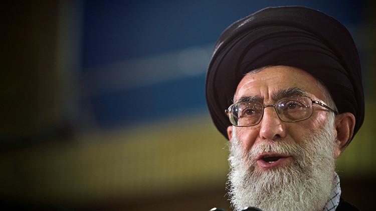 """El líder supremo de Irán: """"El Reino Unido es una fuente de mal y miseria"""""""