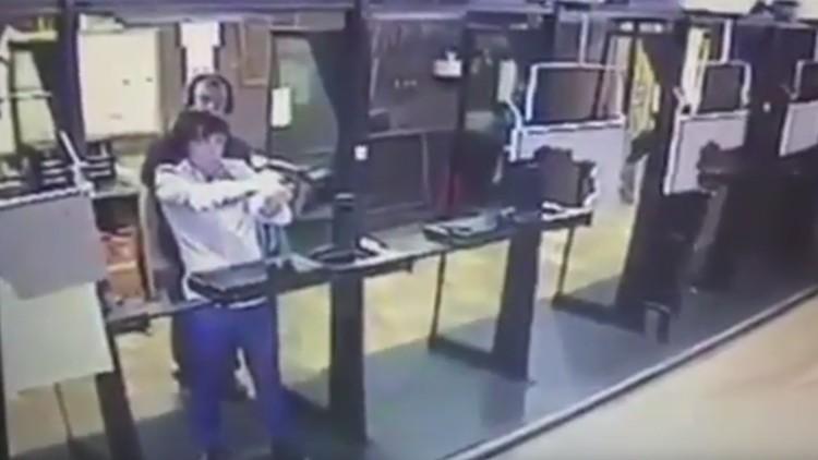 Videoclub intenta suicidarse en un campo de tiro pero for Campo de tiro las mesas
