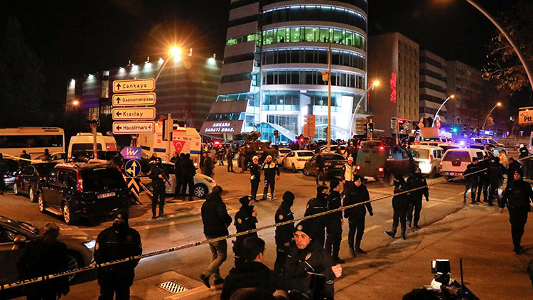 Publican las primeras fotos del atacante del embajador de Rusia en Turquía