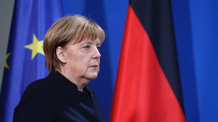 """Merkel califica de """"atentado"""" el ataque en el mercado navideño de Berlín"""