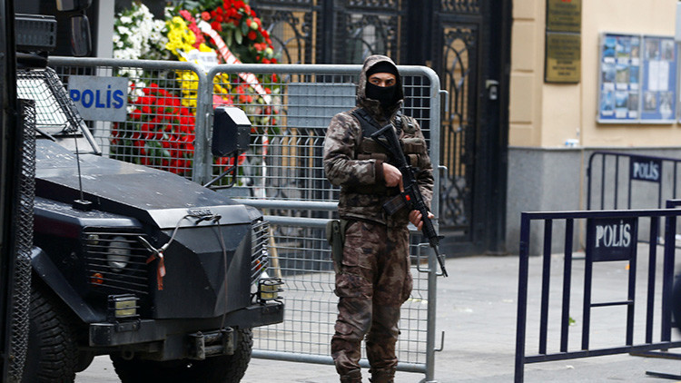 """Turquía: """"El movimiento del clérigo Fetullah Gulen está detrás del asesinato del embajador de Rusia"""""""