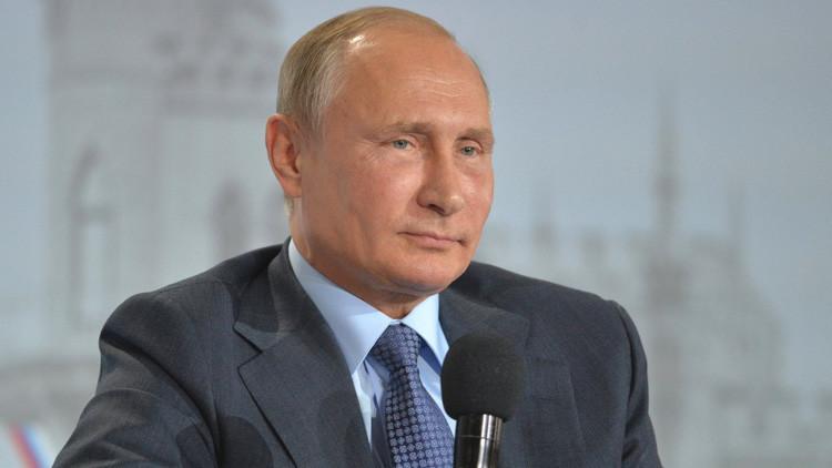 Politólogo francés presenta la candidatura de Vladímir Putin al Premio Nobel de la Paz