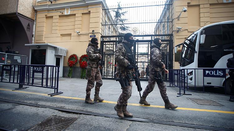 Amistad no deseada: ¿Quién le puso un arma en la mano al asesino del embajador ruso?