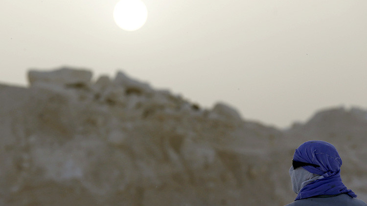 FOTOS Y VIDEO IMPRESIONANTES: Primera nevada en el Sáhara en casi 40 años