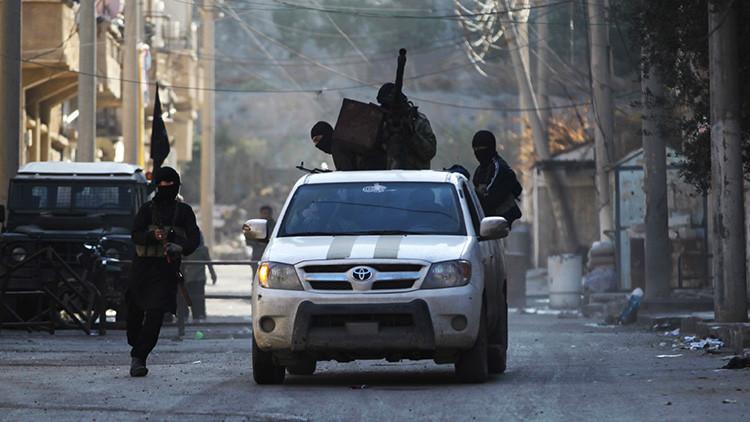 """EE.UU. admite que no distingue oposición siria de terroristas porque es difícil """"contar cada cabeza"""""""