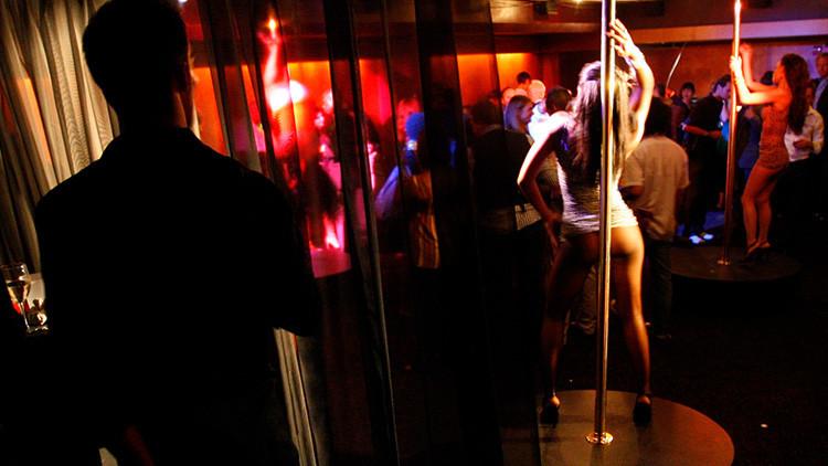 Ratas, clubes de estriptis y casinos: así se gastó el Pentágono 13.000 millones dólares