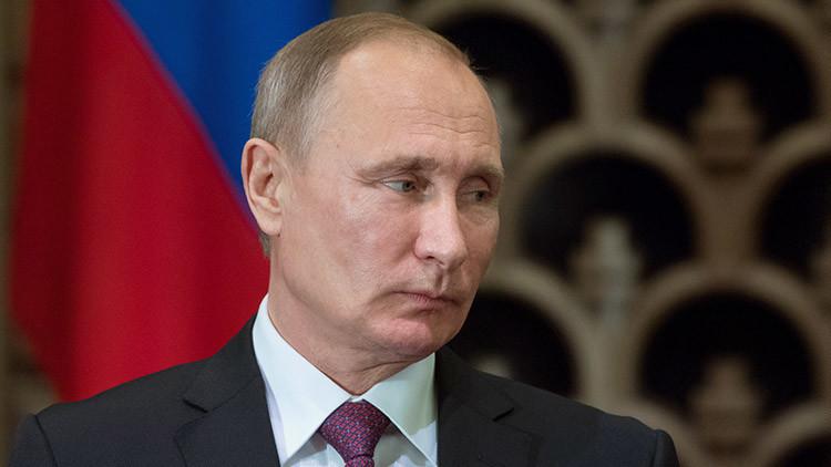 Putin aplaza su rueda de prensa anual para presentar sus respetos al difunto embajador ruso