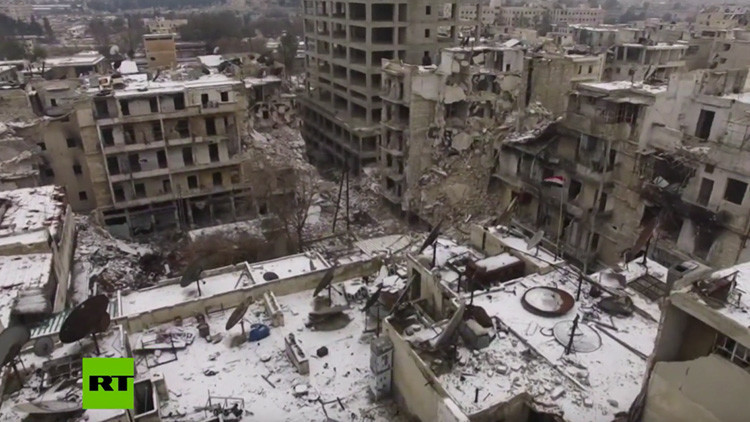 'Oh, blanca Navidad': Un dron capta la primera nevada en las ruinas de Alepo (video)