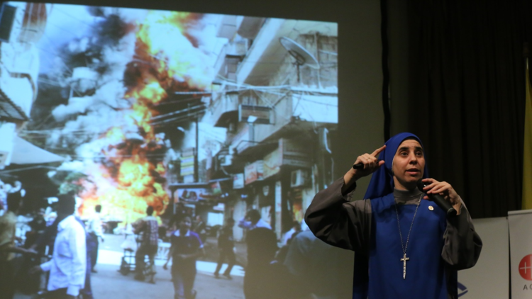 "Religiosa argentina en Siria a RT: ""La guerra estuvo planeada en un escritorio"""