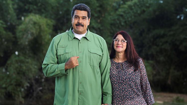 """Maduro en un video navideño: """"Que en el 2017 Venezuela sea victoriosa e indestructible"""""""