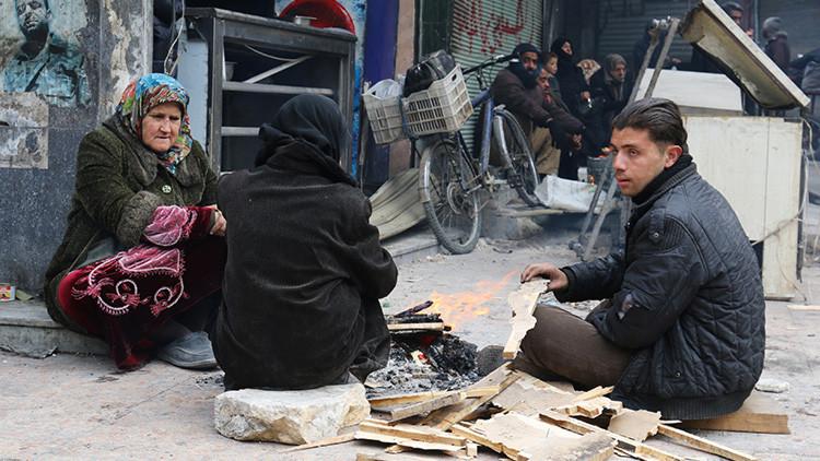 """Testimonios terroríficos de los sirios: """"Es igual que con la lluvia, pero en lugar de agua, sangre"""""""