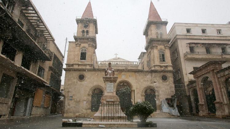Un dron capta impactantes vistas de una catedral destrozada en Alepo (VIDEO)
