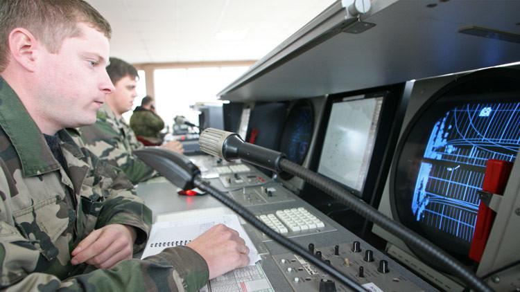 Ministerio de Defensa: El Tu-154 desapareció de los radares dos minutos después de despegar