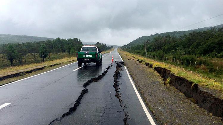 Ecuador y Bolivia ofrecen ayuda a Chile tras el devastador terremoto de 7,6