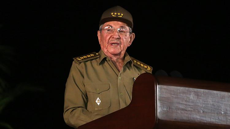 """Raúl Castro pide superar """"la mentalidad obsoleta y llena de prejuicios contra el capital foráneo"""""""