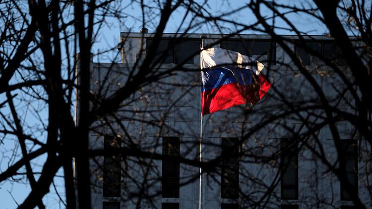 """WikiLeaks sobre las sanciones de Obama a Rusia: """"Podría ser una violación de la Convención de Viena"""""""