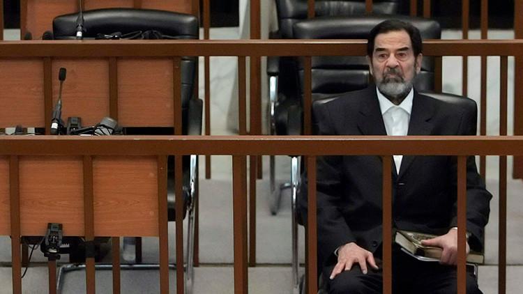 """""""¡Que muera EE.UU.!"""": Revelan las últimas declaraciones de Saddam Hussein antes de su ejecución"""
