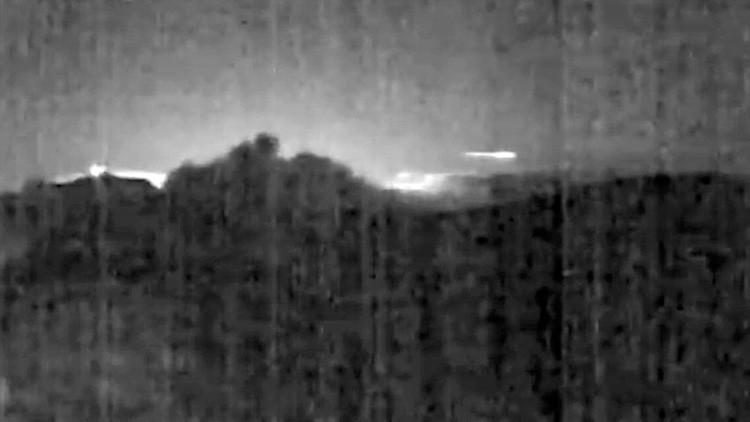 Video: Meteoro sobrevuela un volcán en erupción en Costa Rica
