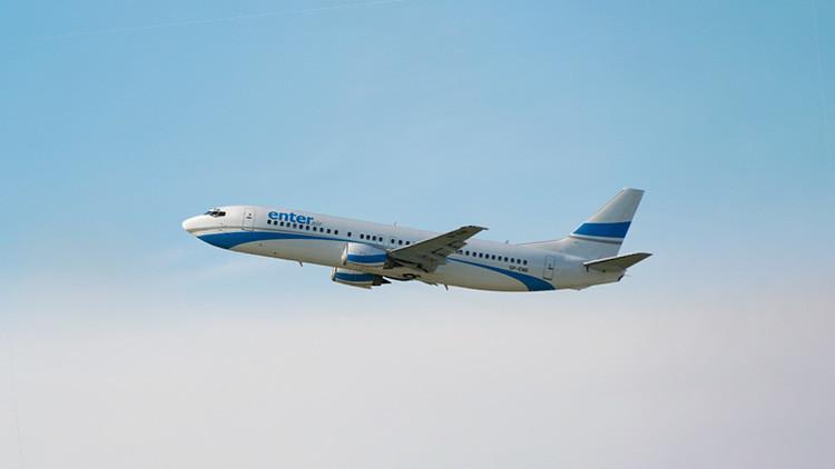 Un avión que volaba entre Canarias y Polonia aterriza de emergencia por amenaza de atentado