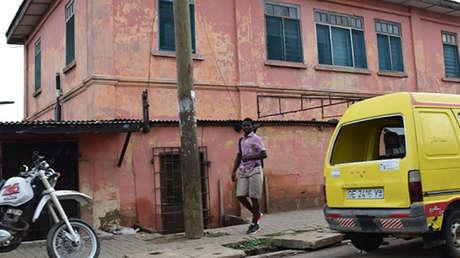 La falsa 'embajada' de EE.UU. en Acra