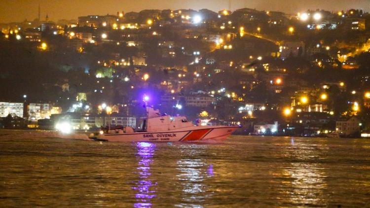 La Policía turca busca al autor de la masacre en el club 'Reina', huido tras el atentado
