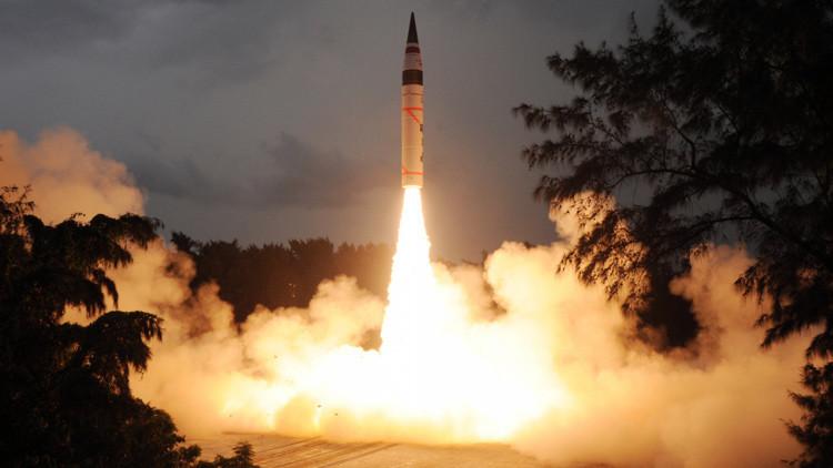 La India realiza un exitoso ensayo del misil Agni-4