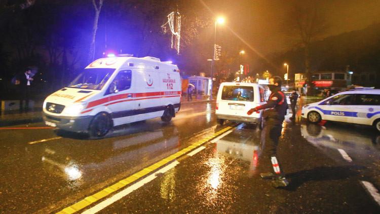 Un estadounidense sobrevive al atentado de Estambul gracias a un celular