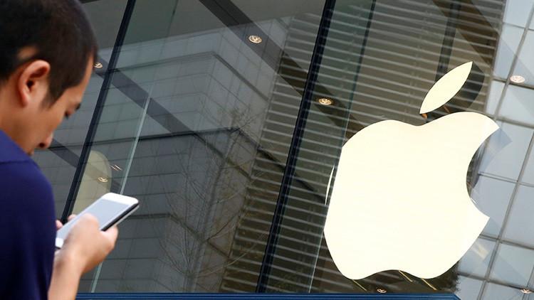 Pareja de EE.UU. culpa a una aplicación de Apple por el accidente que se cobró la vida de su hija